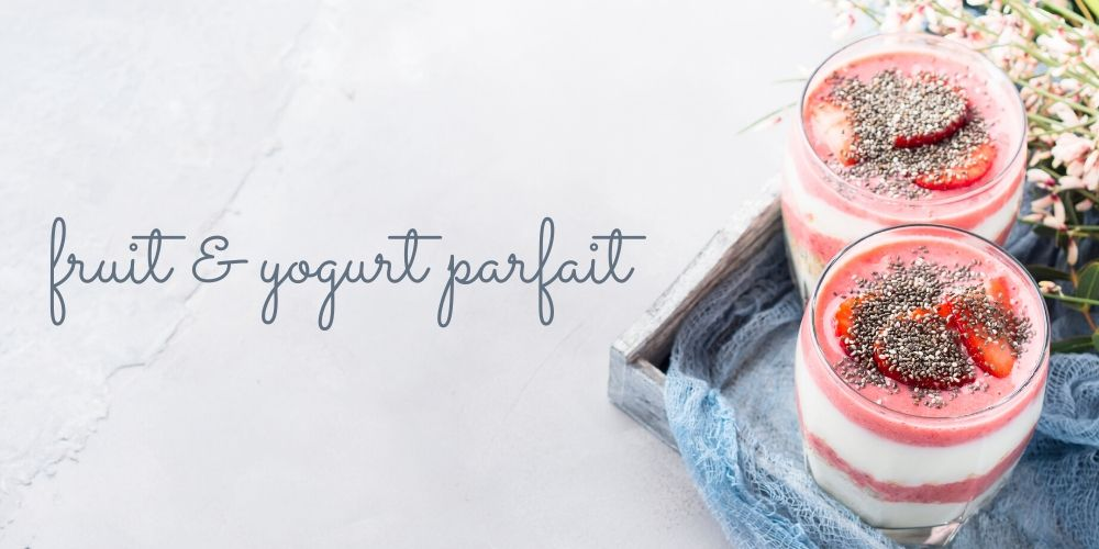 Granola, Fruit & Yogurt Parfait